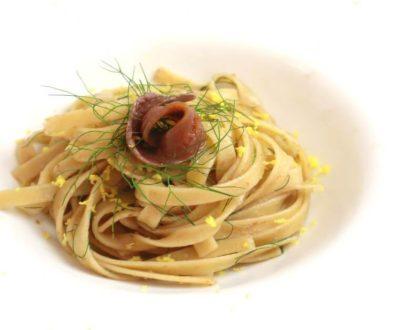 Fettuccelle siciliane n.29 con burro, alici del cantabrico, limone
